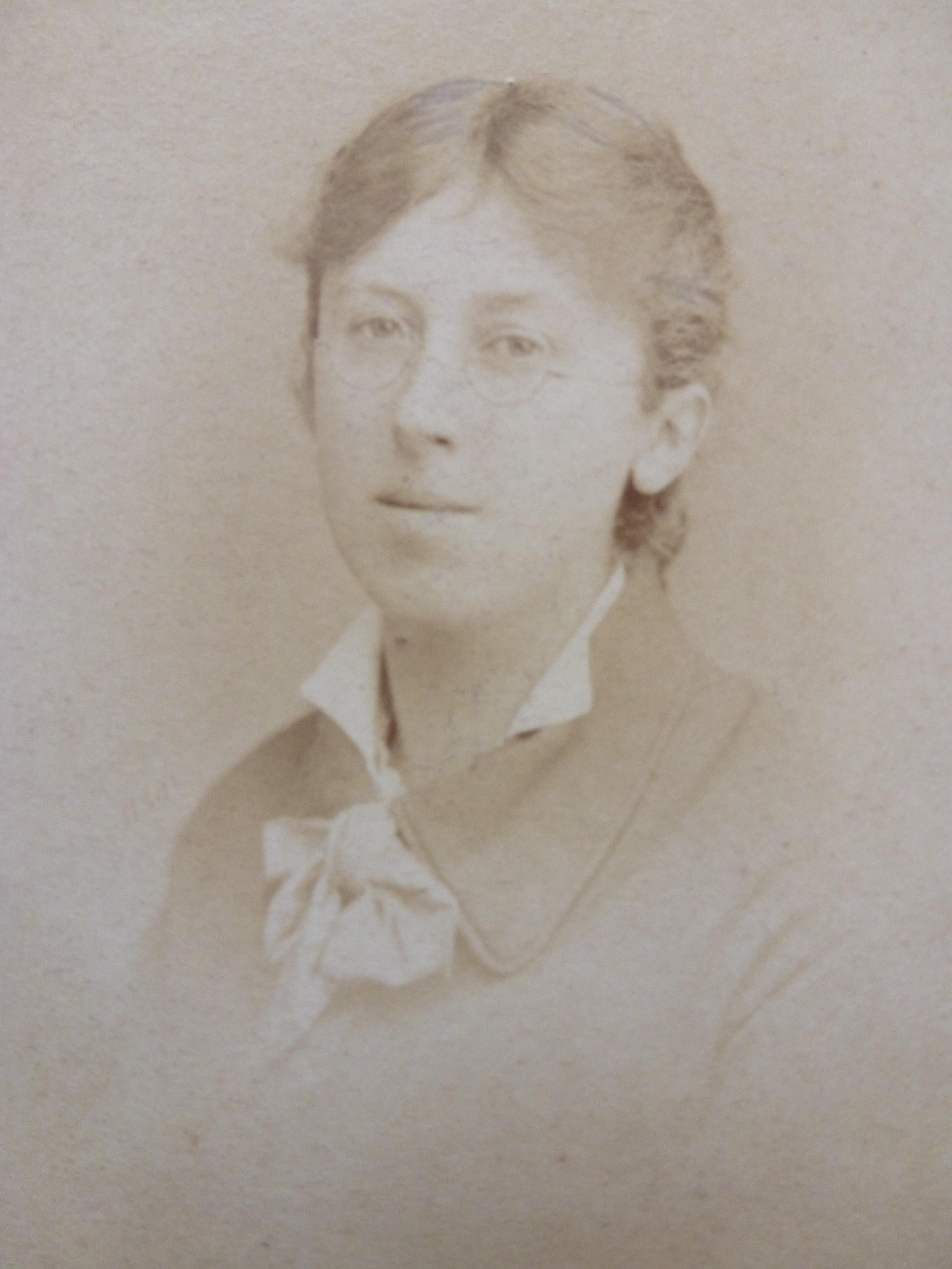 Jone Morino (1896?978)